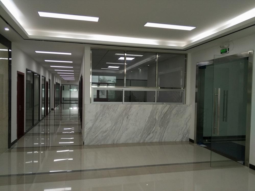 塑伯新材料办公楼